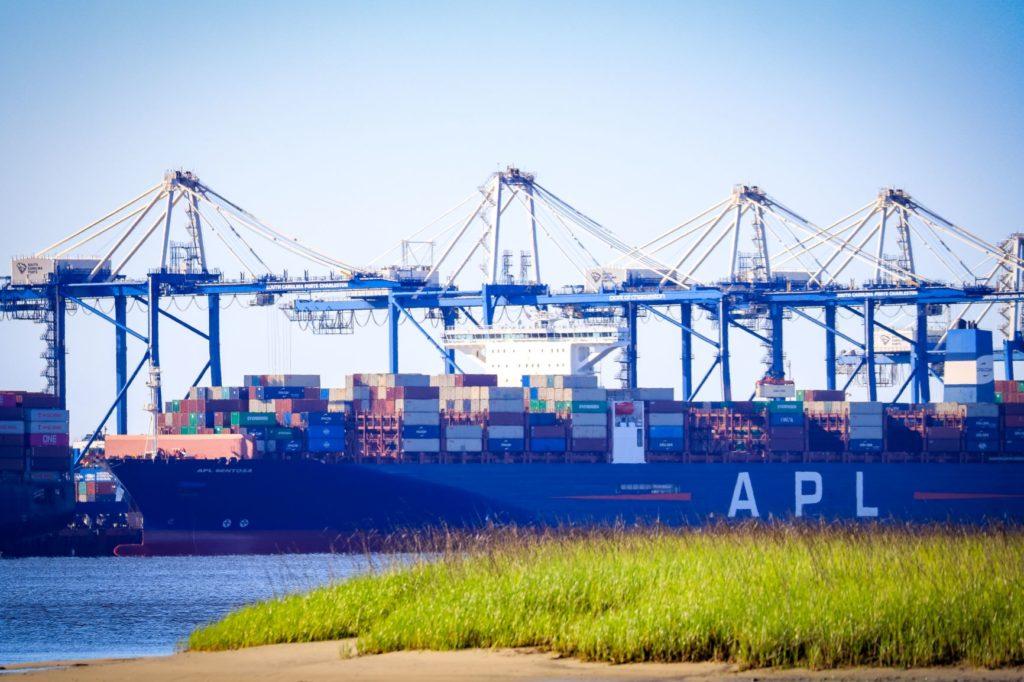 APL Sentosa docked at WWT May 2020